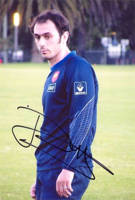 Julien Dupuy, France, Stade Francais, signed 6x4 inch photo.